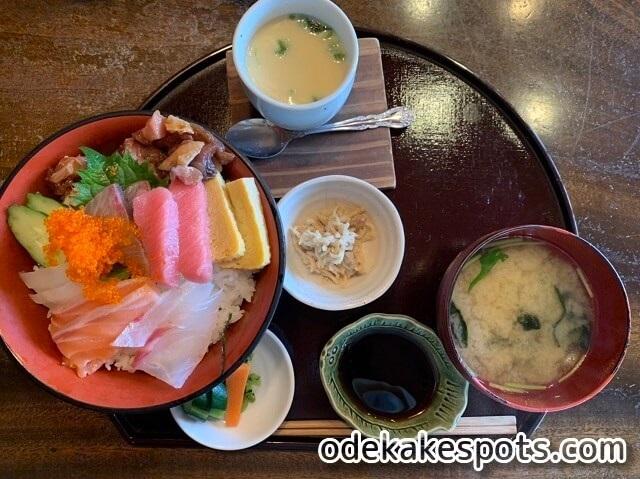 塚本鮮魚店 糸島 ランチ メニュー 海鮮丼