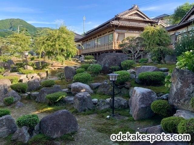 香楽 鳥料理 福岡 庭